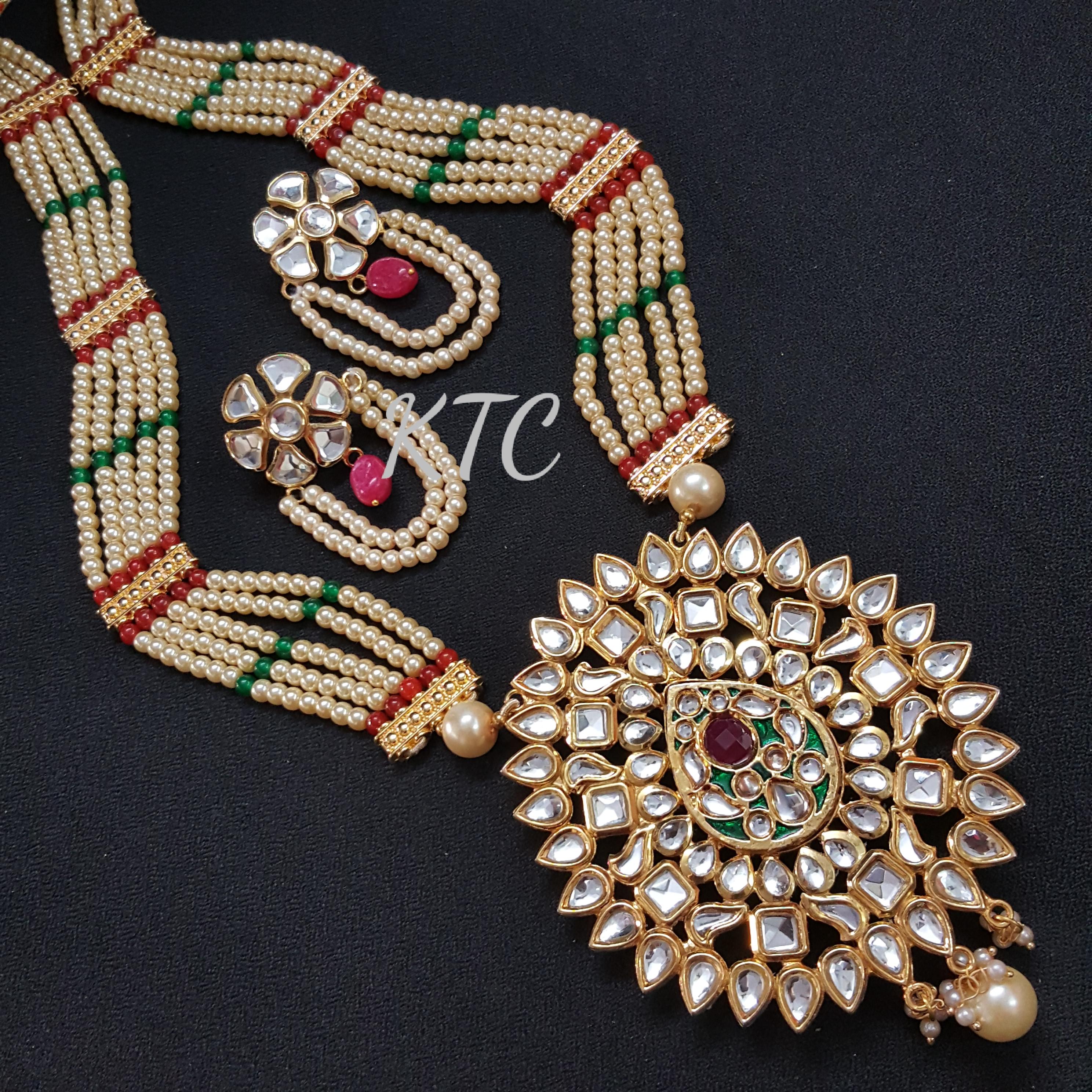 Costume Kundan Pearl Pendant Set